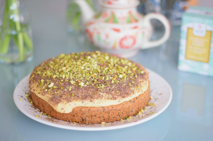 Chocoladetaart met pistache en abrikoos - Anniepannie.nl