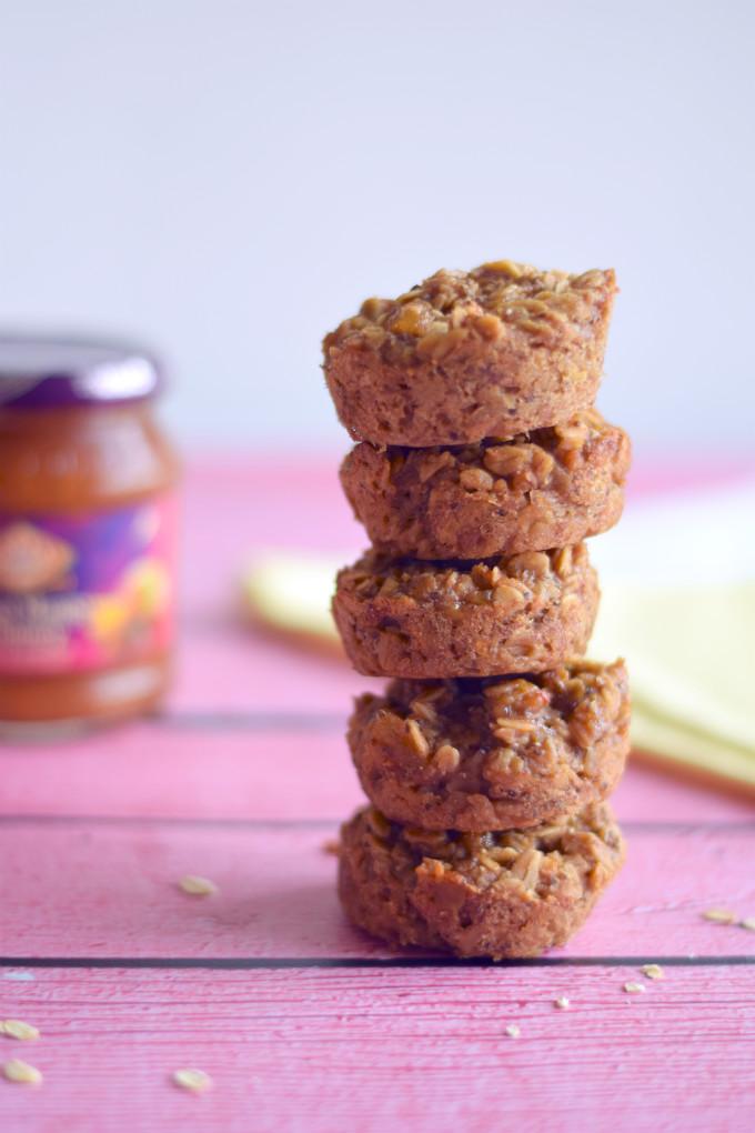 Havermoutmuffins met mangochutney en banaan - Anniepannie.nl