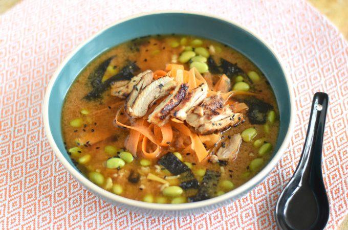 Miso soep met kip en rijst - Anniepannie.nl