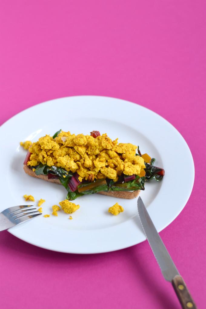 tofu scramble - Anniepannie.nl