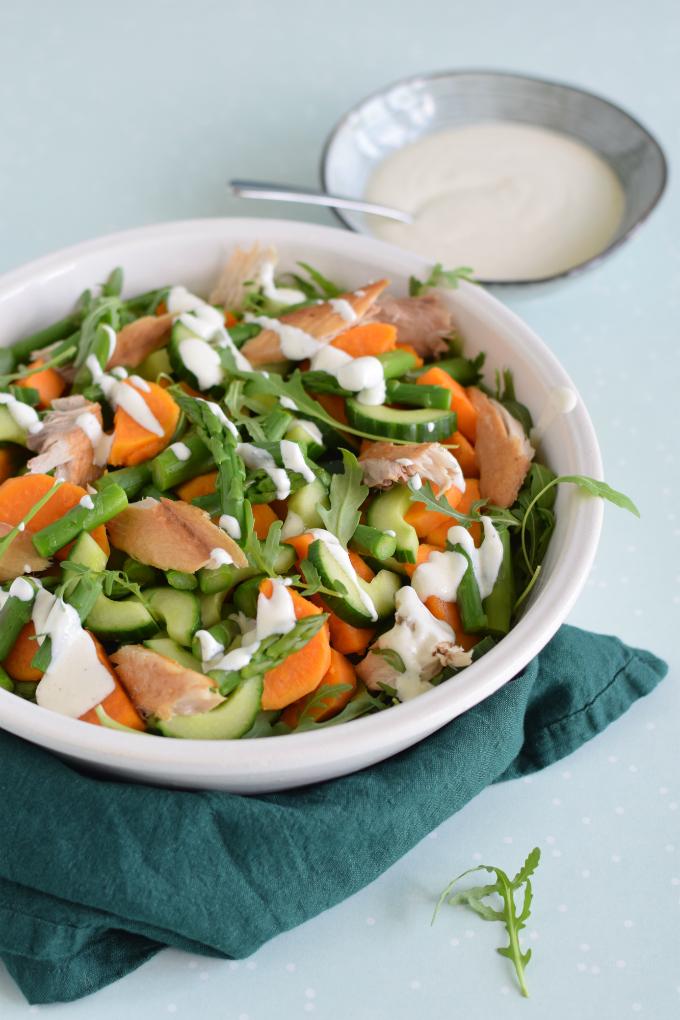 Zoete aardappelsalade met makreel en groene asperges - Anniepannie