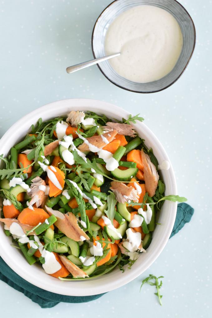 Zoete aardappelsalade met makreel komkommer en asperges - Anniepannie