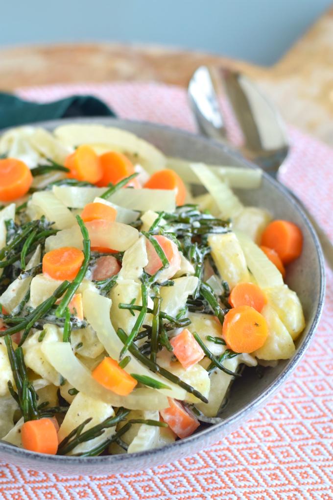 Aardappelsalade met zeekraal wortel en venkel - Anniepannie