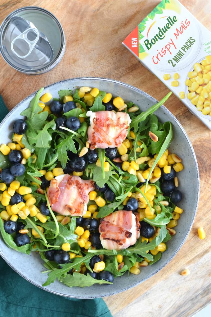 Salade met blauwe bessen mais geitenkaas en spek - Anniepannie