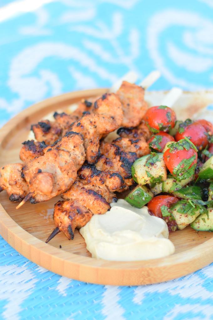 Shish taouk - Libanese kipspiesjes met salade - Anniepannie