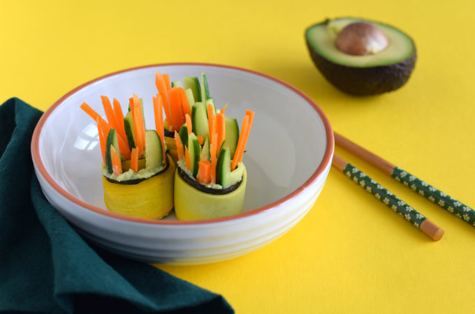 courgetterolletjes met nori en avocado - Anniepannie
