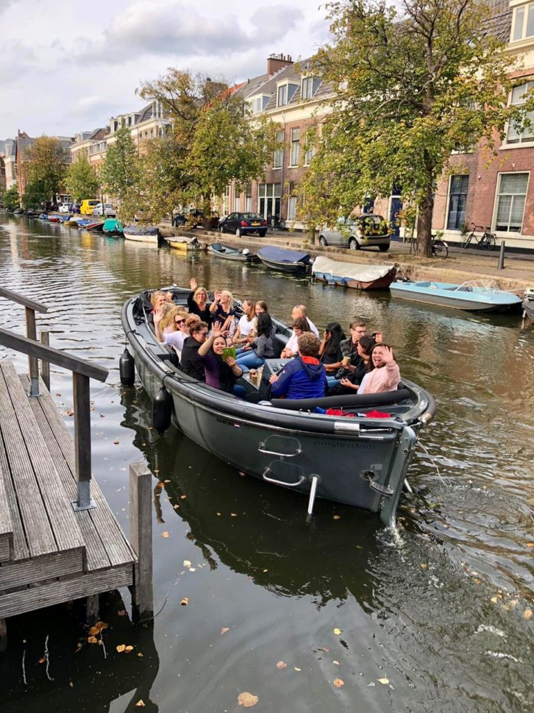 Haagse foodtour boot
