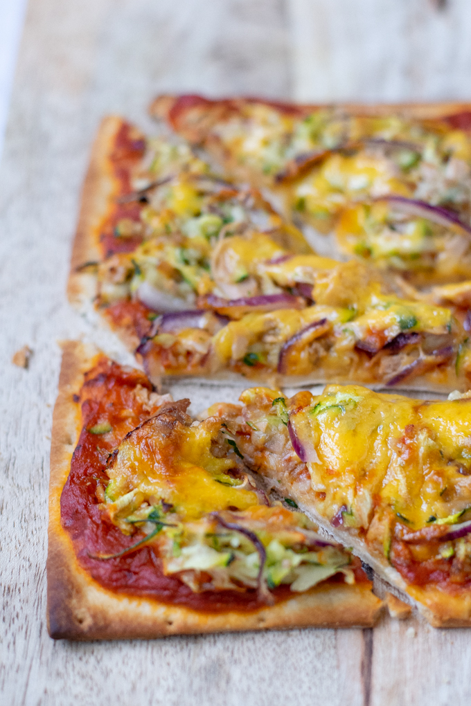 Pizza met tonijn en courgette - ANNIEPANNIE