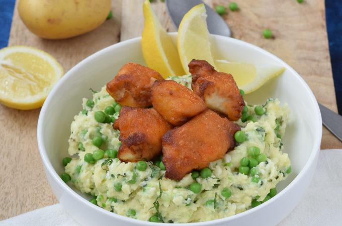 Aardappelpuree met munt doperwten en kibbeling-1