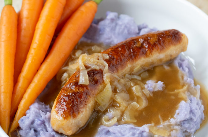 bangers and mash recept met worteltjes - Anniepannie.nl
