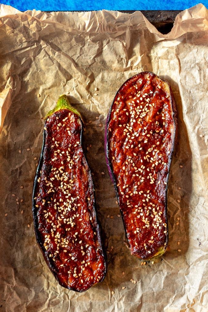 Aubergine met miso en parmezaanse kaas - ANNIEPANNIE