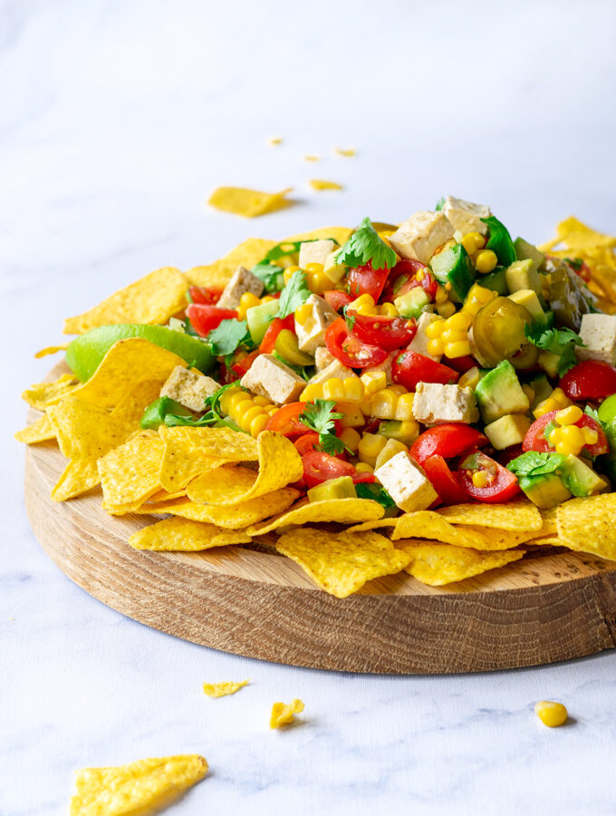 Mexicaanse salsa salade met nacho's on the side - ANNIEPANNIE