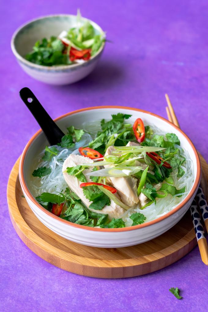 Vietnamese kippensoep (mien ga) - ANNIEPANNIE